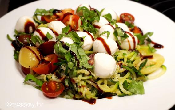 Zucchini-Nudeln Tricolore